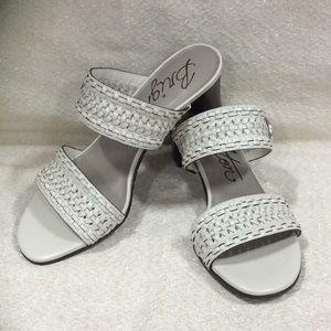 Brighton Tailor white sandals